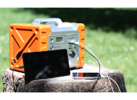 Col Gecko 500 puoi ricaricare più dispositivi contemporaneamente, come smartphone e tablet